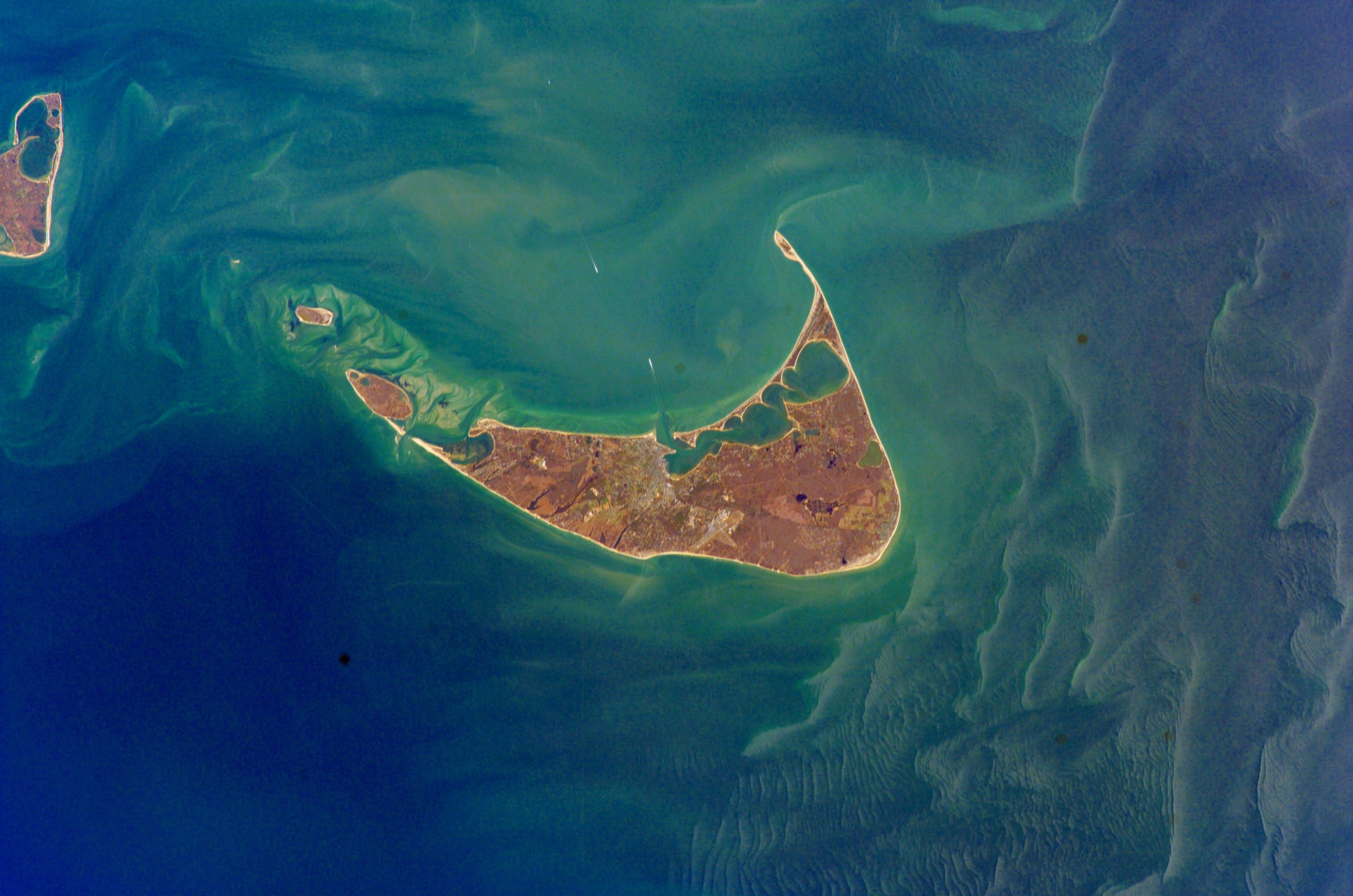nantucket_nasa_2002