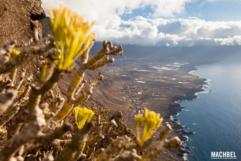 panoramica-de-el-hierro-paisaje-de-la-isla-de-el-hierro-islas-canarias-espana-by-machbel